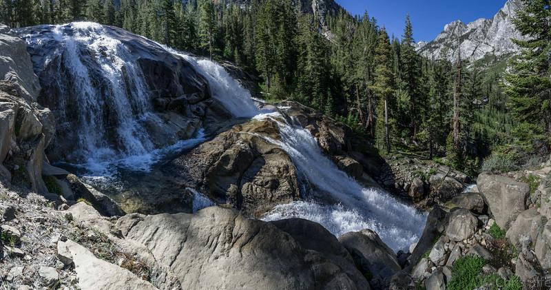 Cascades along Bubbs Creek