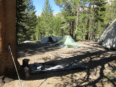 I camped three nights near the junction of the New Army Pass Trail and the Siberian Pass Trail (10,940').