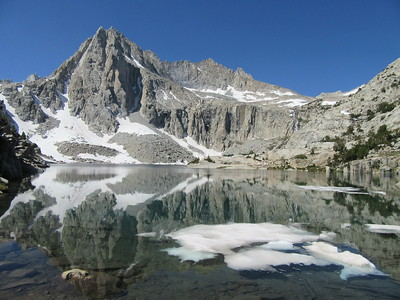 ... got to the end of the trail and Hungry Packer Lake (11,071').