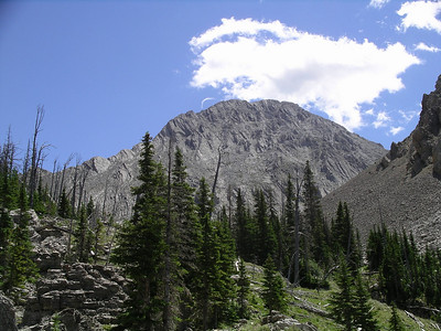 Our lunch spot in the meadow to the west sid eof the pass.