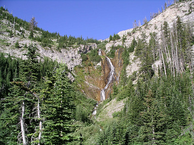 Waterfalls on the way up Headquarters Pass.