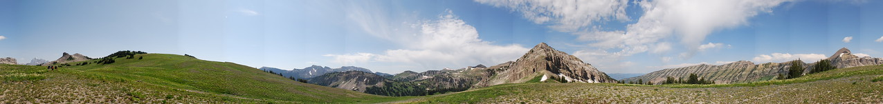 360 panorama from the Teton Crest Trail between Housetop Mountain and Spearhead Peak