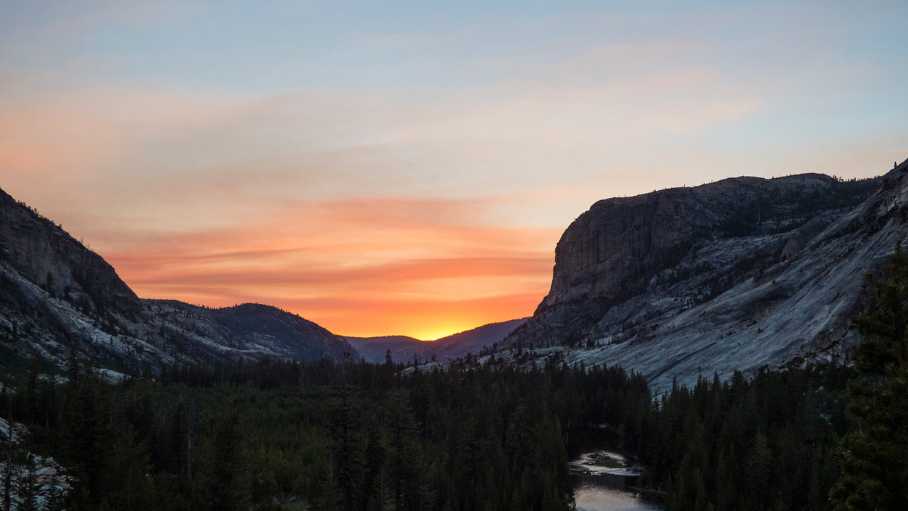 Distant smoke down the Tuolumne Canyon