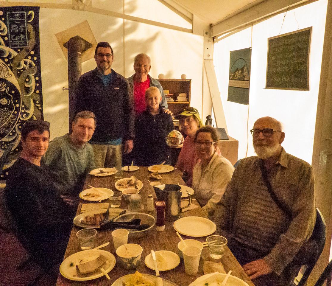 Elias, David, Jamie, Wes, Brendan, Sara, Lisa, Patrick: last breakfast