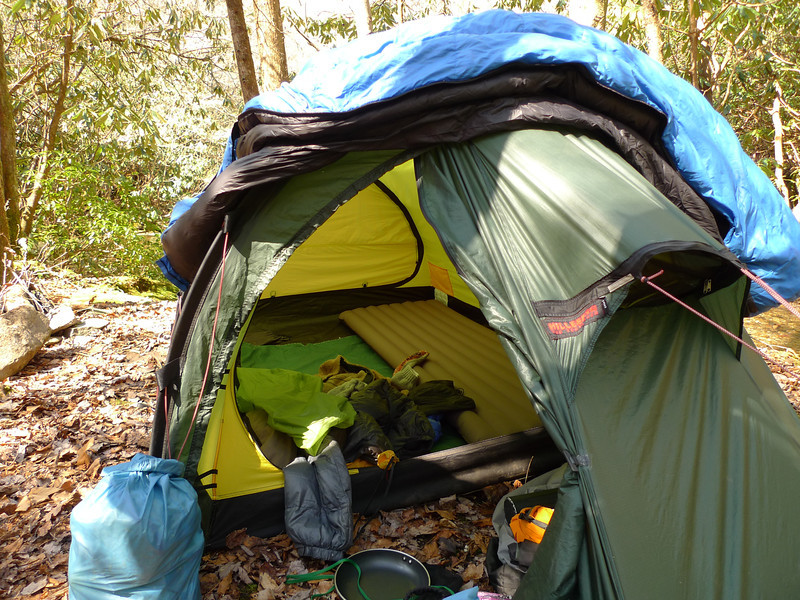 A good view of the inside of the Keron tent with the Exped downmat.