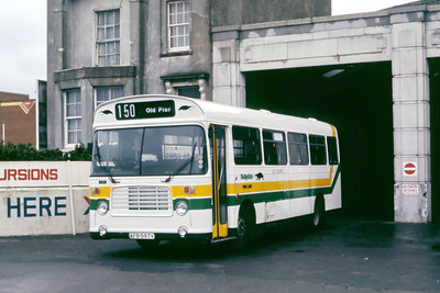 Badgerline 466 Weston Super Mare Bus Stn May 86