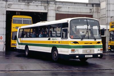 Badgerline 2079 Weston Super Mare Bus Stn May 86