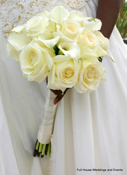 Bouquet - White Roses and Mini Calla Lilies