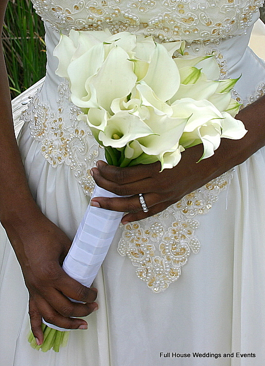 Bouquet - White Mini Calla Lilies
