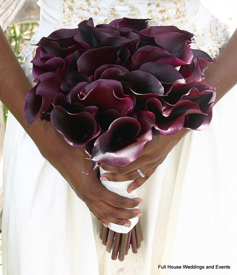 Bouquet - Eggplant Mini Calla Lilies