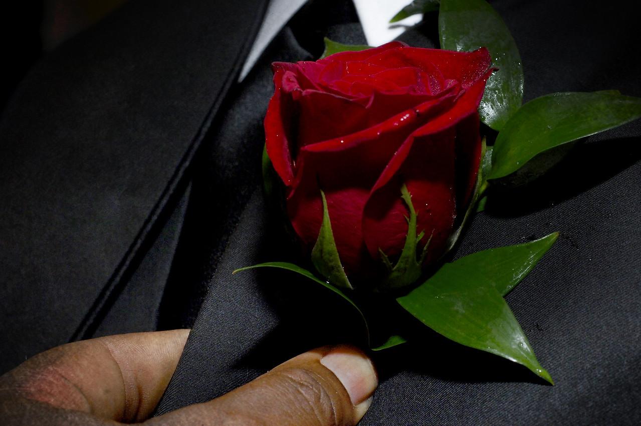 AF175 Red rose boutonnière