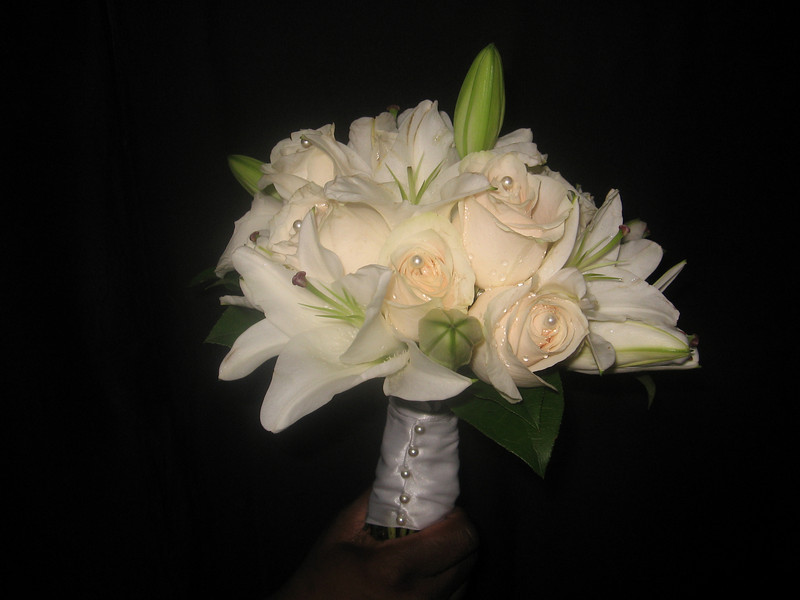 Bouquet - Casablanca Lilies and Ivory Roses