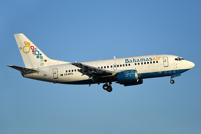Bahamasair Boeing 737-5H6 C6-BFD (msn 26448) MIA (Bruce Drum). Image: 104298.