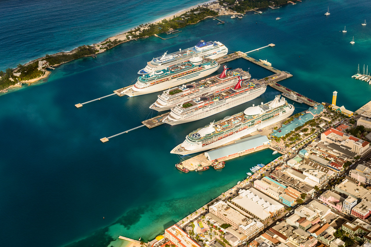 Andre Beier Photography Photo Keywords Cruise Ships - How many cruise ships in port