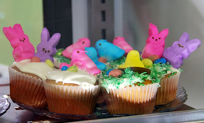 An Easter special - Peeps Cupcakes!