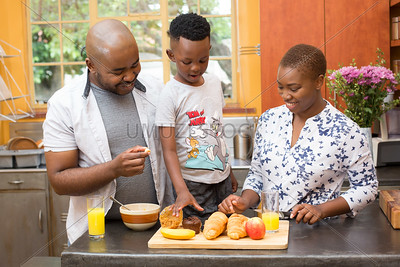 Baking_withthe_Family_102