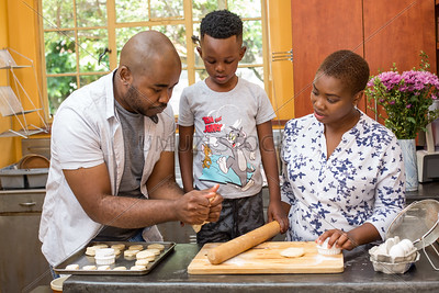 Baking_withthe_Family_111