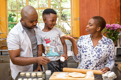 Baking_withthe_Family_110