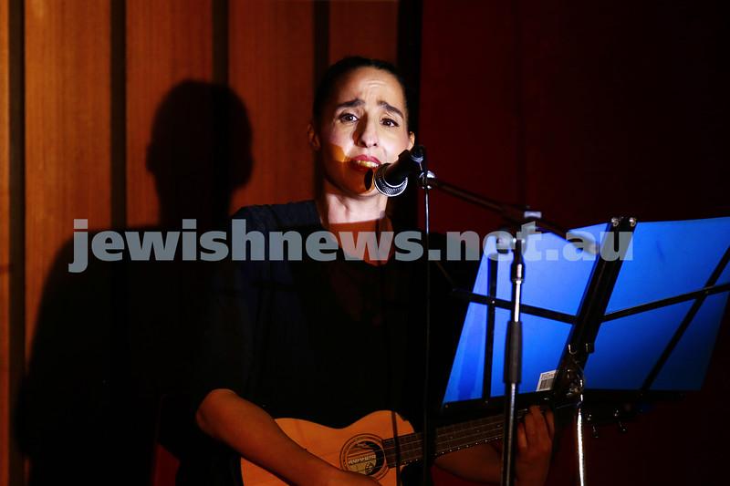 18-6-16. Balaganeyden - a Polish Yiddish Cabaret night. Kadimah Hall. Karen Feldman. Photo : Peter Haskin