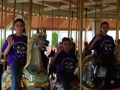 LkCompounce Festival 5-30-03-2968 carousel