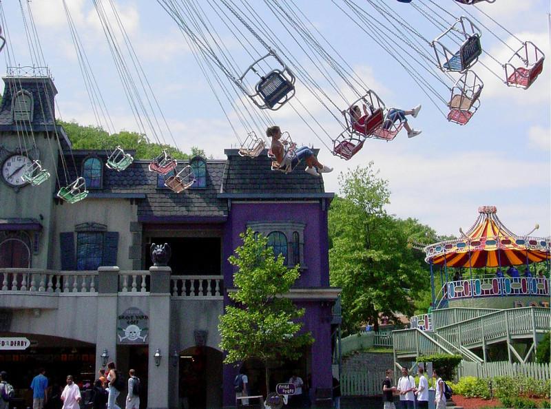 LkCompounce Festival 5-30-03-2992 swings