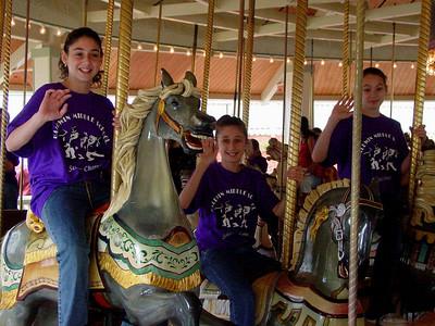 LkCompounce Festival 5-30-03-2969 carousel