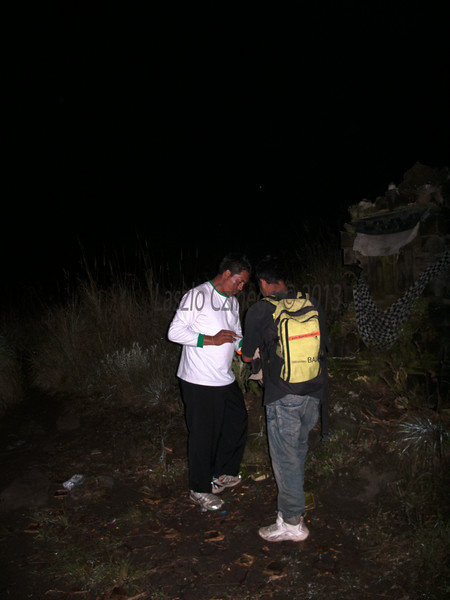 Pre-dawn Offering before climbing Mt Abang