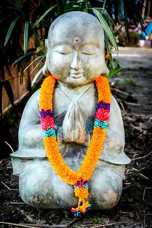 Namaste Buddha Statue