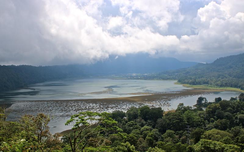 Lac Bratan