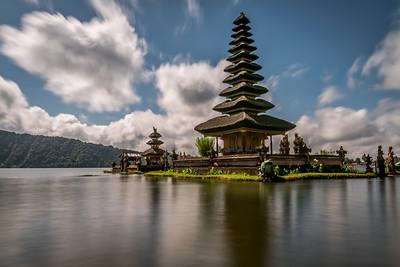 Ulun Danu Temple.