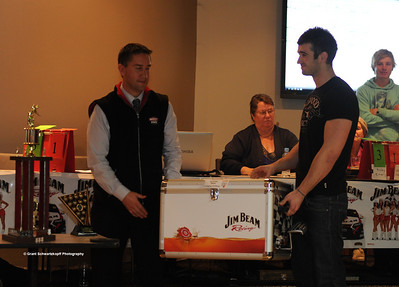 Riverland 8 Ball Champion Ricky Emery (right) receives championship esky from Berri Resort Manager