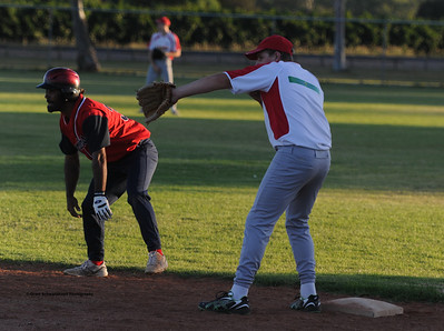 Kenny Karpany Snr gets readt to steal to 2nd base. Kobi Lloyd (Lyrup) on base.