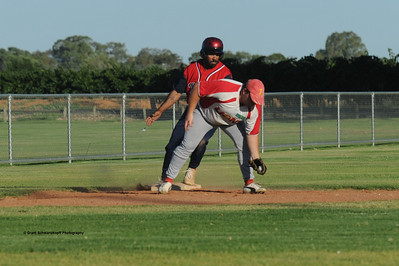 Kenny Karpany Snr (Berri) safe on 3rd base as Matt Recchia (Lyrup) gets the ball.