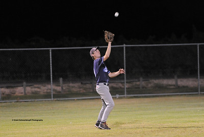 Taylor Pay(Barmera) takes a strong outfield catch.