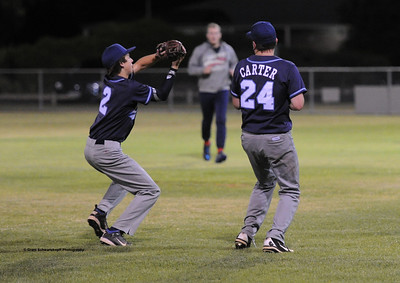 Charlie Ashcroft (Barmera) takes the catch. Glen Carter (Barmera) watches.