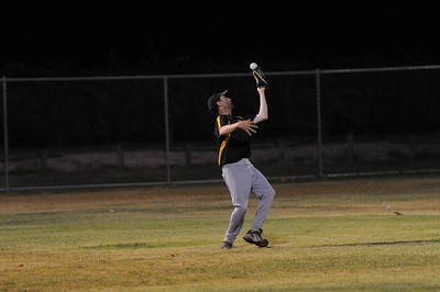 Karl Hennig (Loxton) takes outfield catch