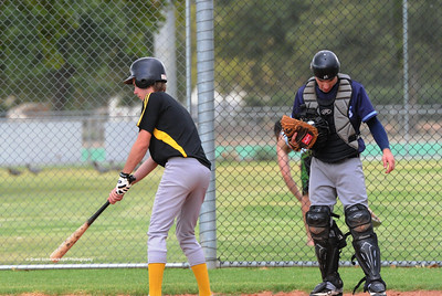 Matt Voigt (Loxton) batting