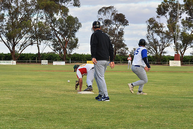 Dale Broughton (Renmark) safe on 1st