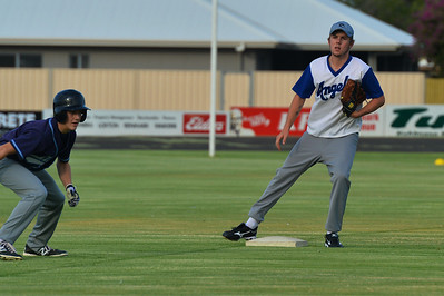 Jordan Walker (Barmera) prepares to steal home as Dylan Blackley (Renmark) waits for the ball.