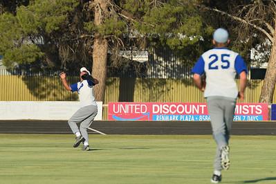 Warren Beer (Renmark) in the outfield