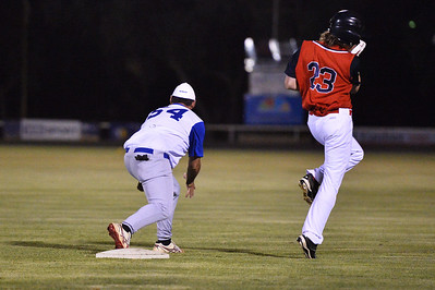 Jesse Frazer (Berri) safe at 1st base