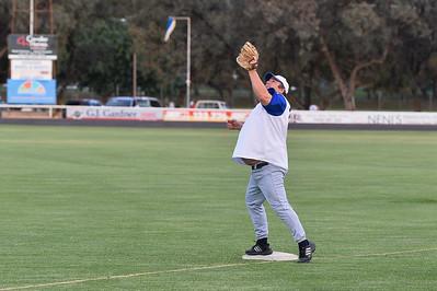 Darren (Chook) Letton (Renmark) on 1st base