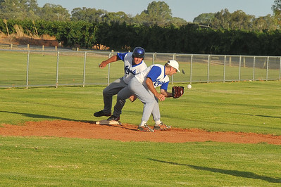 Dave Grenfell (Renmark A) safe on 3rd