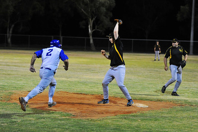 Alan Selfe (Renmark) out at 1st base
