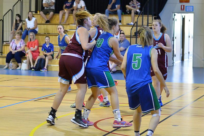 "2016 RIVERLAND JUNIOR CARNIVAL ""U18"" Girls Div 1 Riverland v Murray Bridge"