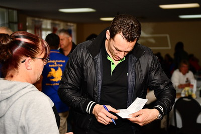 Guest Speaker for the Duthie Medal was Carlton superstar, Anthony Koutoufides who was so obliging signing autographs for all and having photos taken.