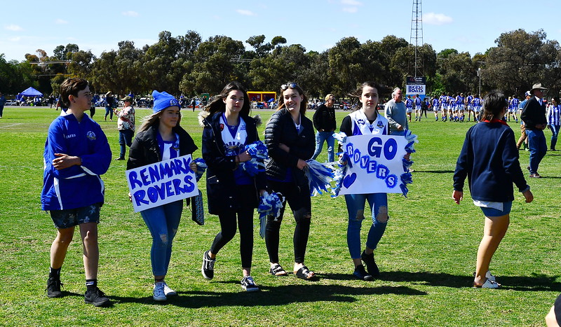 """""""U15"""" Medal Presentation to Renmark and Club Song"""