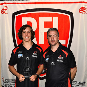 Corey Siemers Memorial Award presented to Dylan White (Renmark Rovers Football Club ) by Paul Streatfield  (West Adelaide)