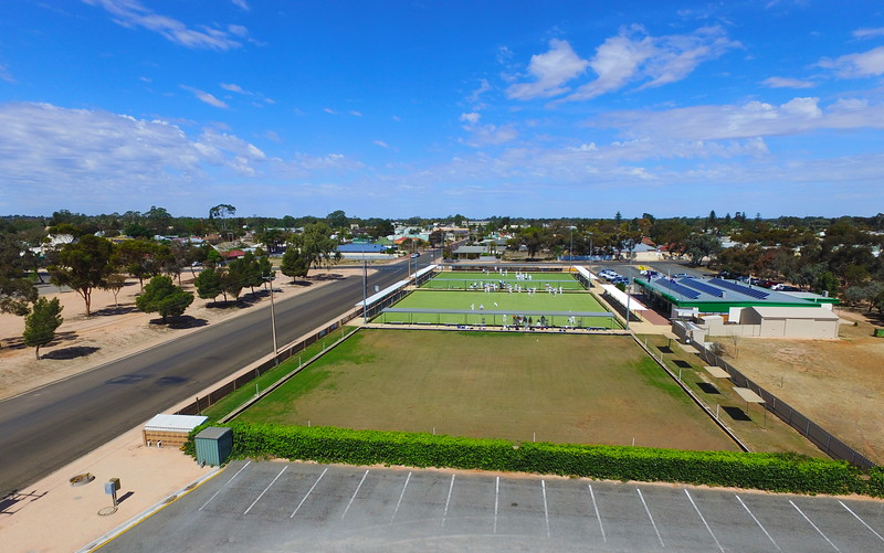 Over Renmark Bowling Club