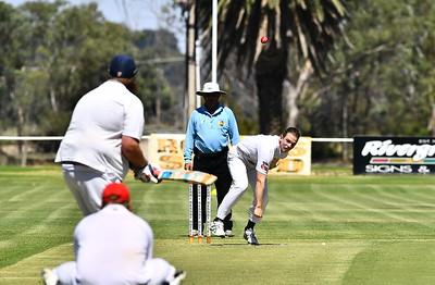 Reece  Lehmann( Berri Cricket Club) bowling